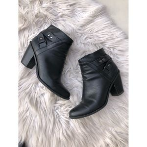Bar III Black Faux Leather Booties Size 8